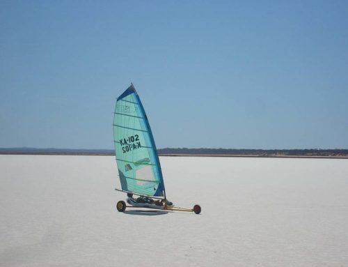 Char à voile sur la plage de Saint-Brévin